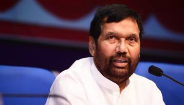 Paswan slams Lalu for comparing himself with Ambedkar and Mandela