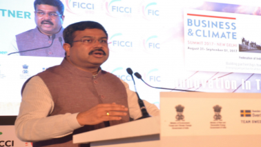 Dharmendra Pradhan pitches for including gas in GST