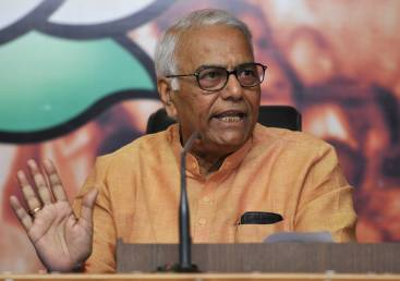 Central figures on economy unreliable: Yashwant Sinha