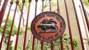 Panel interviews 9 for RBI Deputy Governor's post