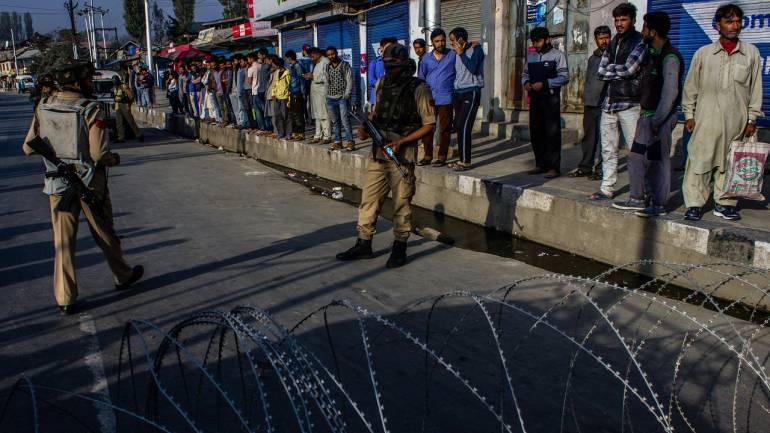 Restrictions on movement of people in Kashmir Valley eased