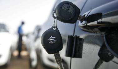 Maruti Suzuki may beat M&M in utility vehicles race this fiscal
