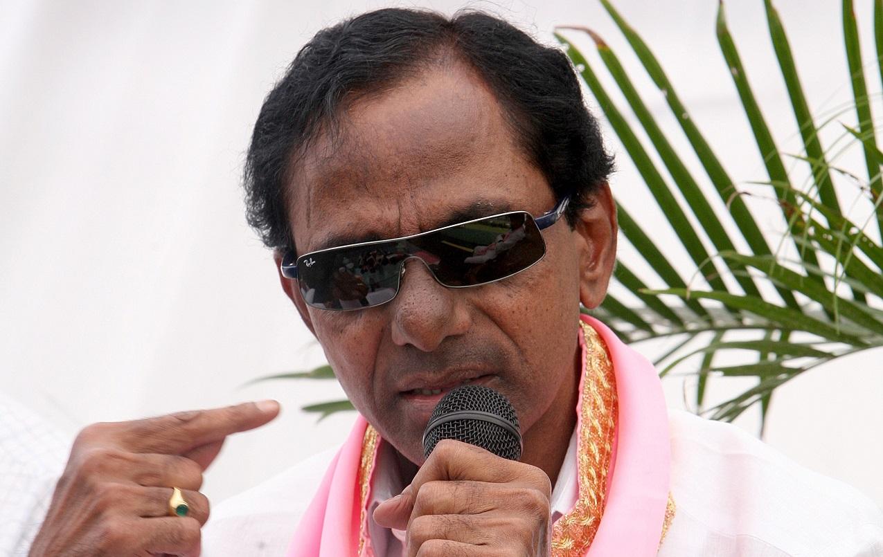 K Chandrashekhar Rao | Telangana | Total cases: 2 | Serious IPC: 1