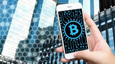 Use of blockchain for retail transactions would cripple the Internet: Central Bank overseer