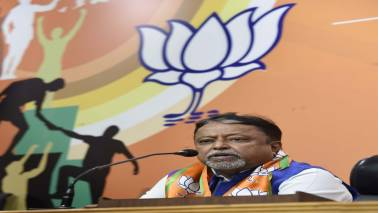 BJP leader Mukul Roy promises voters free smartphones, courts controversy