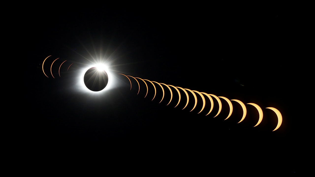 A composite image of 21 separate photographs taken with a single fixed camera shows the solar eclipse as it creates the effect of a diamond ring at totality as seen from Clingmans Dome, which at 6,643 feet (2,025m) is the highest point in the Great Smoky Mountains National Park, Tennessee, US on August 21, 2017. (Reuters)