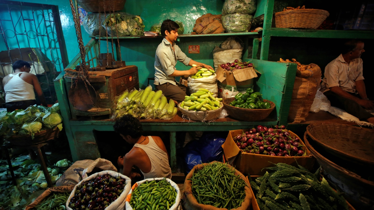 Vegetable prices, which soared in recent times are expected to moderate in coming months. The MPC will also carefully monitor the evolving trajectory in relation to cost of living conditions (food) and inflation outlook. (Image: Reuters)