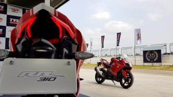 TVS Apache RR310 gets new Akrapovic Racing Line exhaust system for better racing dynamics