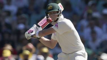 Steve Smith called to give up captaincy as Cricket Australia launches ball tampering probe
