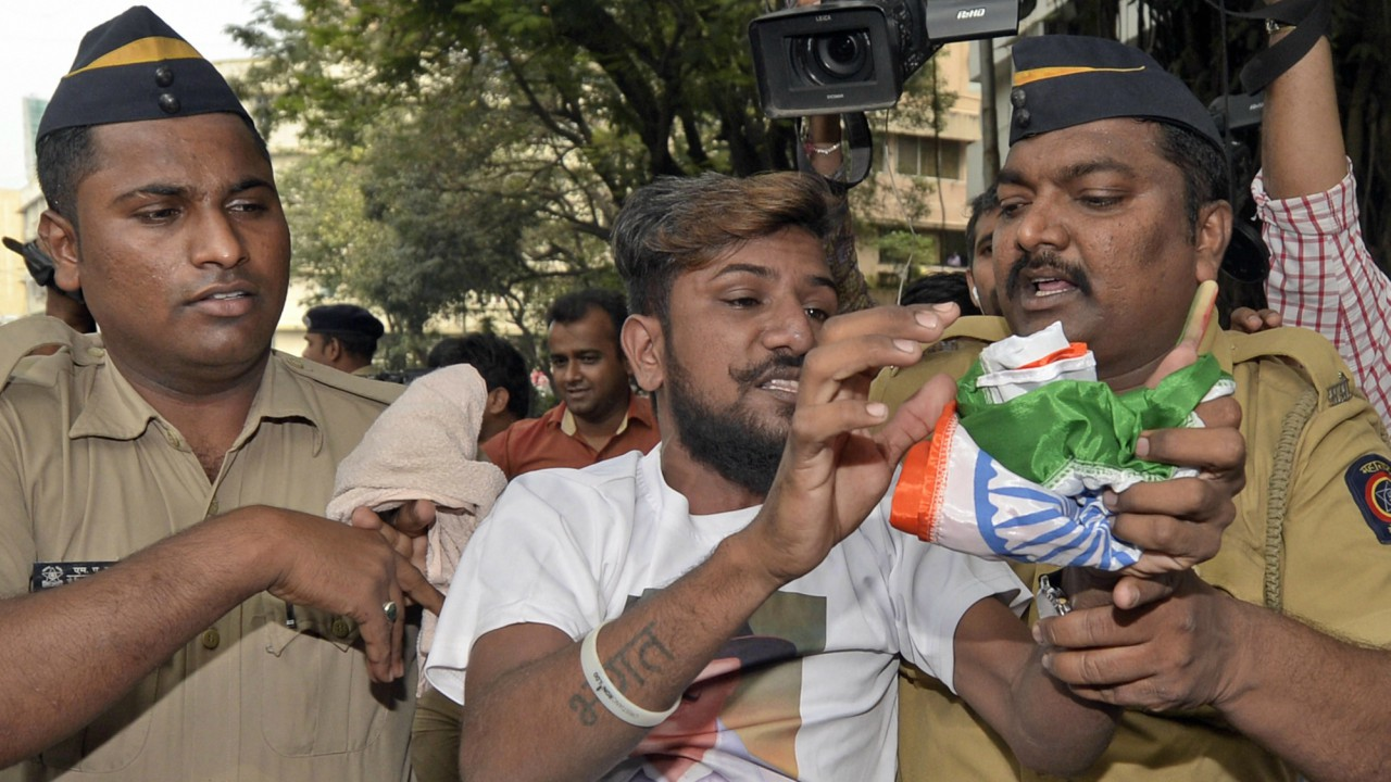 Police detain Karni Sena activists during a protest over the clearance of film 'Padmavati' by the CBFC, in Mumbai on Friday. (PTI)