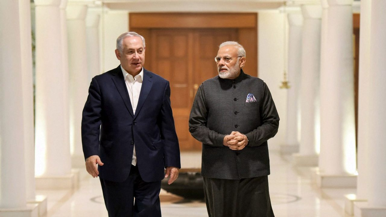 Prime Minister Narendra Modi hosted a private dinner for his Israeli counterpart Benjamin Netanyahu and wife Sara at his 7, Lok Kalyan Marg residence. (PTI)