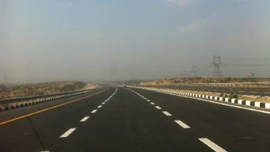 Be prepared to shell out Rs 915 for a ride on Lucknow-Delhi expressway