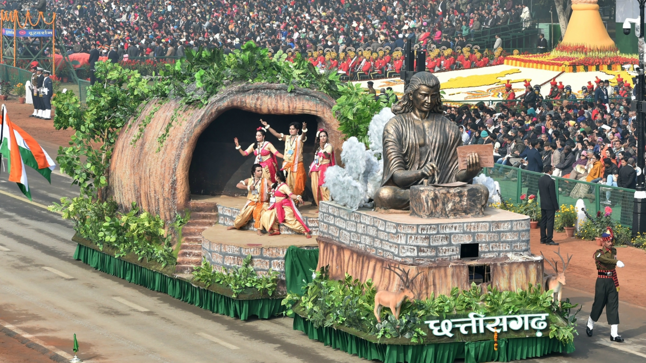 A tableau of Chhattisgarh state on display at Rajpath during the 69th Republic Day Parade, in New Delhi (PTI)