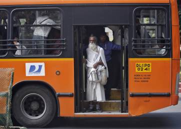 SC slams AAP govt for ordering buses not suitable for differently abled