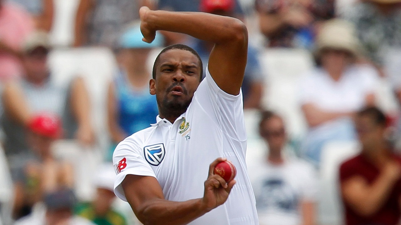 Vernon Philander | Philander picked Murali Vijay, Cheteshwar Pujara and Ravichandran Ashwin in the first inning and also picked Indian skipper Virat Kohli and Rohit Sharma in the second. His nine wickets in the match, contributed immensely in South Africa's lead-taking win. (Image: Reuters)