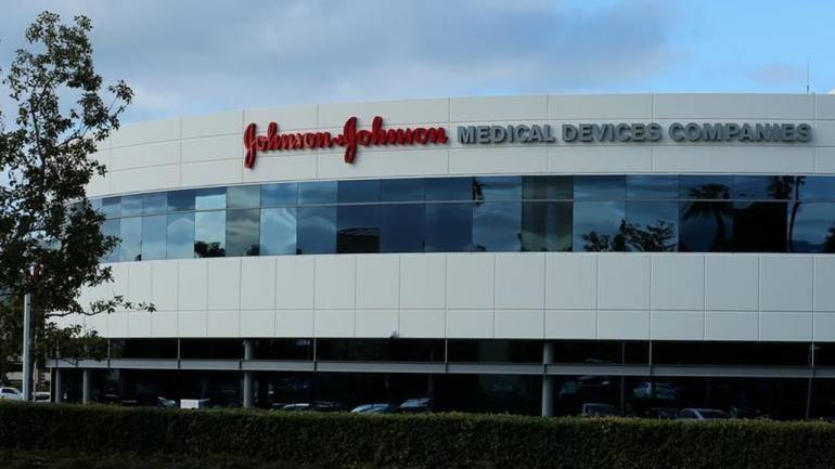 Johnson & Johnson Recalls Baby Powder After Asbestos Is Found