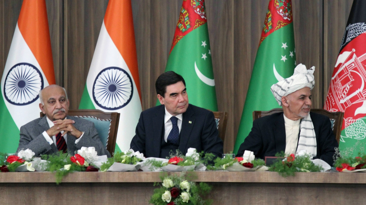 Afghanistan President Ashraf Ghani (R), Turkmenistan President Kurbanguly Berdymukhamedov (C) and India's Minister of State for External Affairs M.J. Akbar attend the inauguration ceremony of TAPI pipeline construction work, in Herat, Afghanistan. (REUTERS)