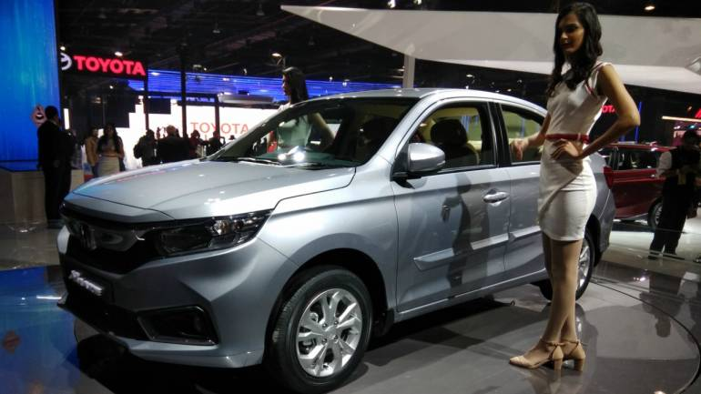 Auto Expo 2018 Honda Unveils CRV New Civic