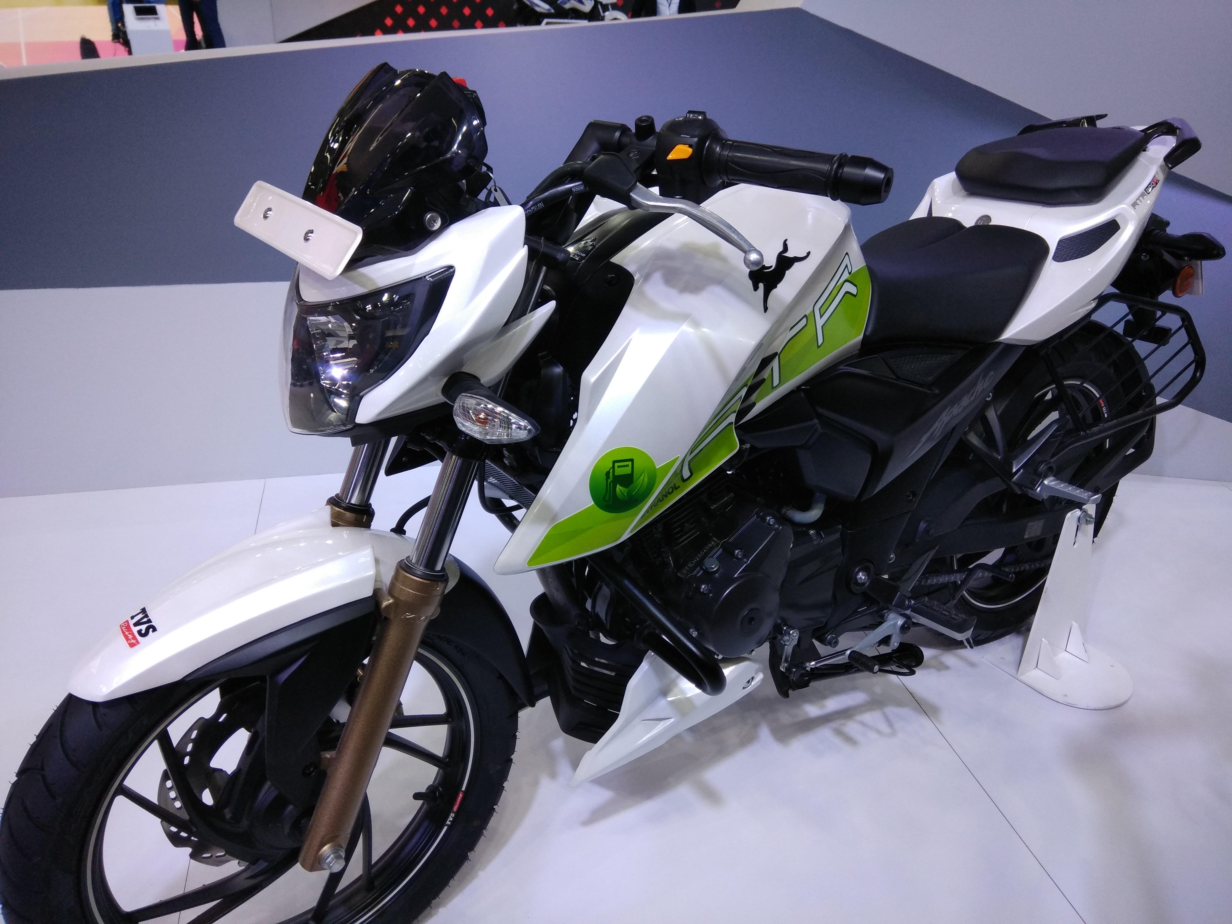 Auto Expo 2018 Tvs Unveils Ethanol Run Bike Electric
