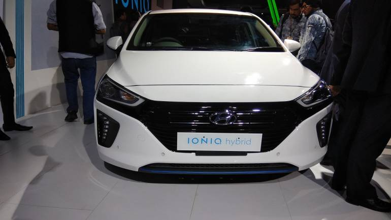 Auto Expo 2018 Hyundai Unveils Ioniq Electric And Elite I20