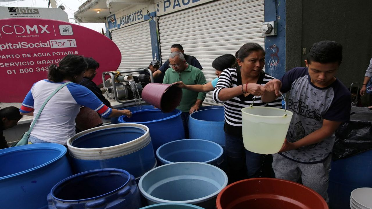 Mexico City | The city has to get 40 percent of its water from distant location with one in five citizen receives water for a few hours a week (Image: Reuters)