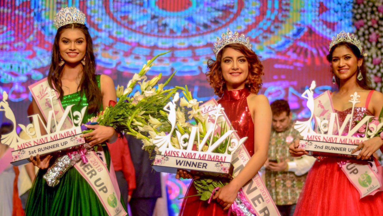 Winner of Miss Navi Mumbai 2018 and runner-ups pose for a photograph during Miss Navi Mumbai 2018 held at CIDCO exhibition Center on late Sunday. (PTI)
