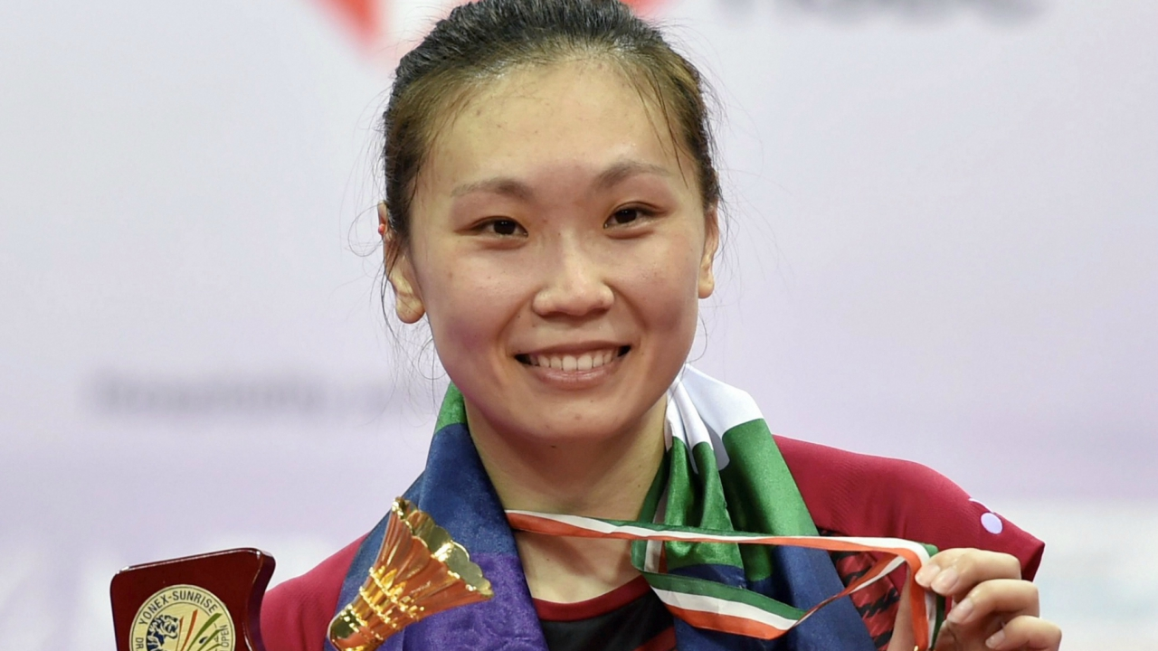 Zhang Beiwen of USA poses with her gold medal after winning the women singles final match of the Yonex-Sunrise India Open 2018 in New Delhi on Sunday. (PTI)