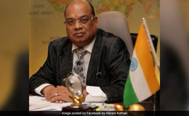 The man in the picture is Vikram Kothari who is being investigated by the CBI for defaulting on more than Rs. 3,700 crore in loans from government banks. Identify the company he owns?
