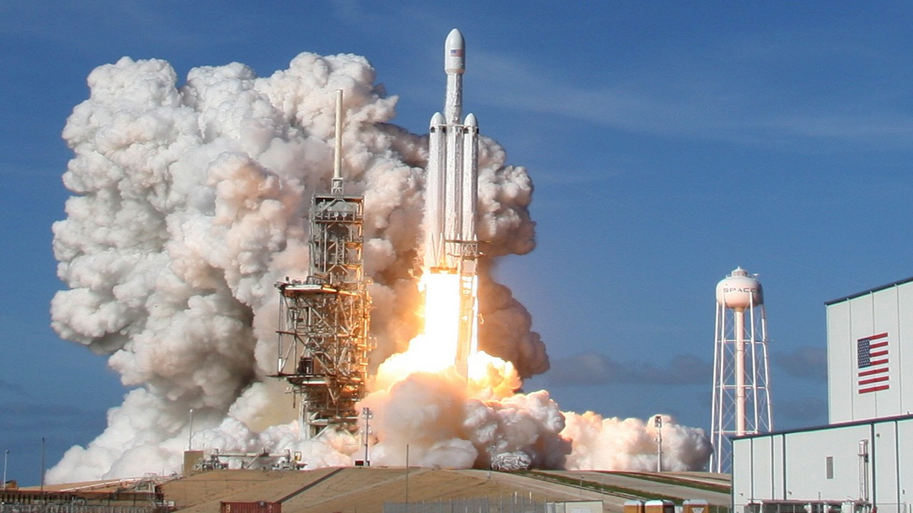 The launch of the Falcon 9 comes just a couple of weeks after the launch of the Falcon Heavy. In this picture, a SpaceX Falcon Heavy rocket lifts off from a launch pad in Florida, US. (Photo: Reuters)