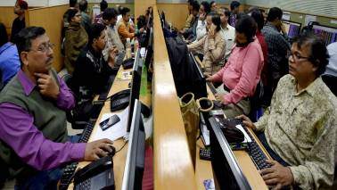 SEBI may introduce early warning system to identify stock brokers who are potential defaulters