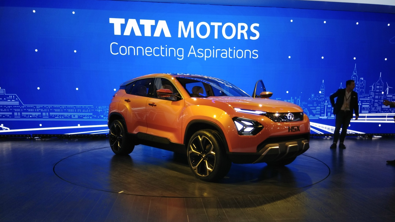 auto expo 2018: maruti concept future s, hyundai ioniq and more