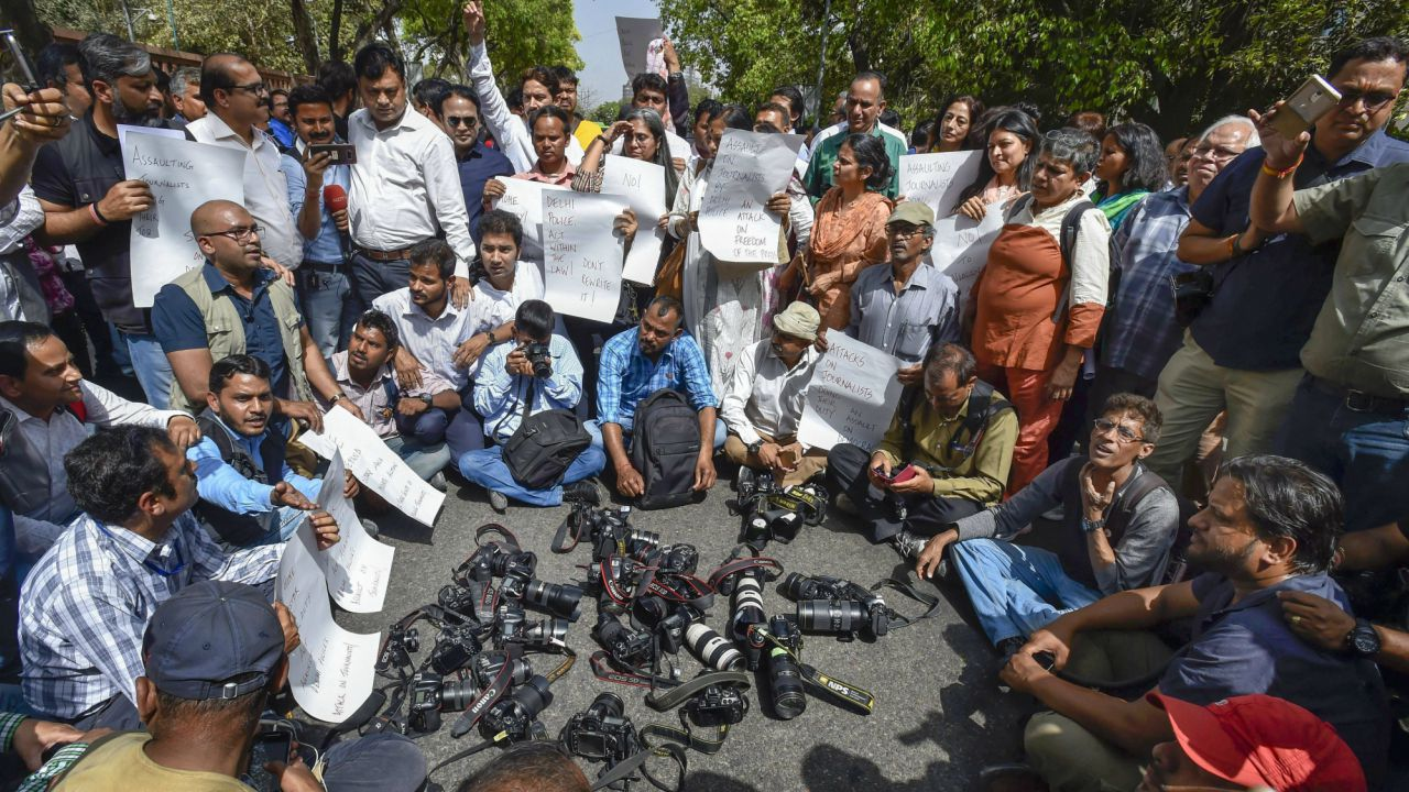 Journalists from various organizations protest against Delhi Police after recent incidents of groping and manhandling of two female journalists, allegedly by policemen, in New Delhi. (PTI)