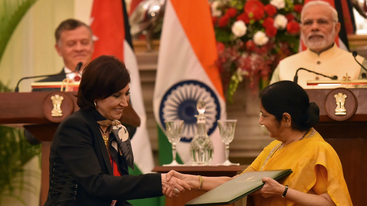 Union External Minister Sushma Swaraj and Jordanian  Minister of Information and Communication Technology Majd Shweikeh after signing an agreement, at Hyderabad House in New Delhi. (PTI)