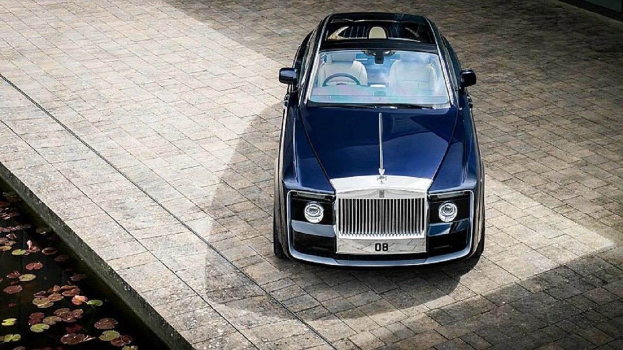 Rolls-Royce Sweptail (New Car): USD 13 million | The Manchester-based company unveiled the Sweptail, which was commissioned by a private client, who desired to own a one-off car which was inspired by a 1920s Rolls-Royce vehicle. (Image: James Lipman via Wikimedia Commons)