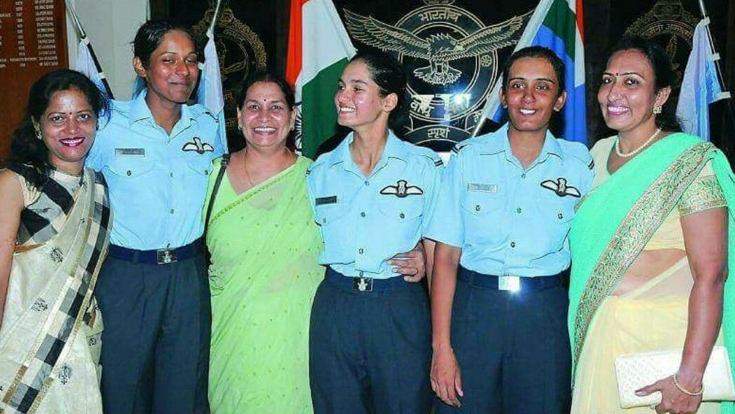 Mohana Singh, Avani Chaturvedi, and Bhawana Kanth became the first female fighter pilots in the Indian Air Force. They joined the IAF in 2014. (Photo: Facebook)