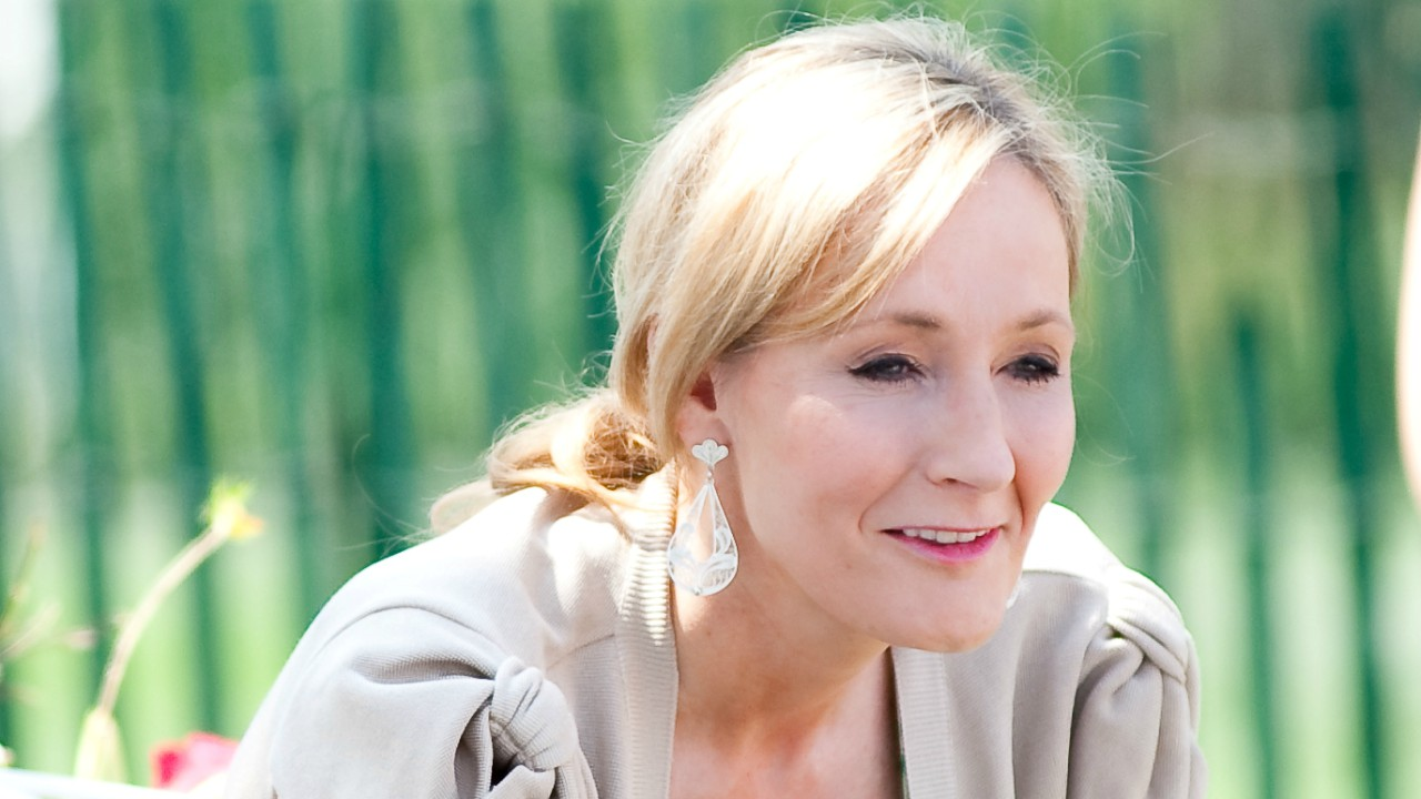 "Embrace failure: J.K. Rowling |  The author grit her teeth through for a long time before becoming famous for her Harry Potter series. The Guardian reports that she broke off her marriage with an abusive husband, and was on state welfare - poor by British standards. She also got rejected ""loads"" of times before tasting success. She said that the entire process was a gift and a learning experience about herself and her relationships. (Image: Wikimedia Commons)"