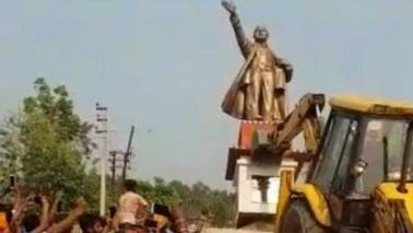 Lenin's statue pulled down in Tripura