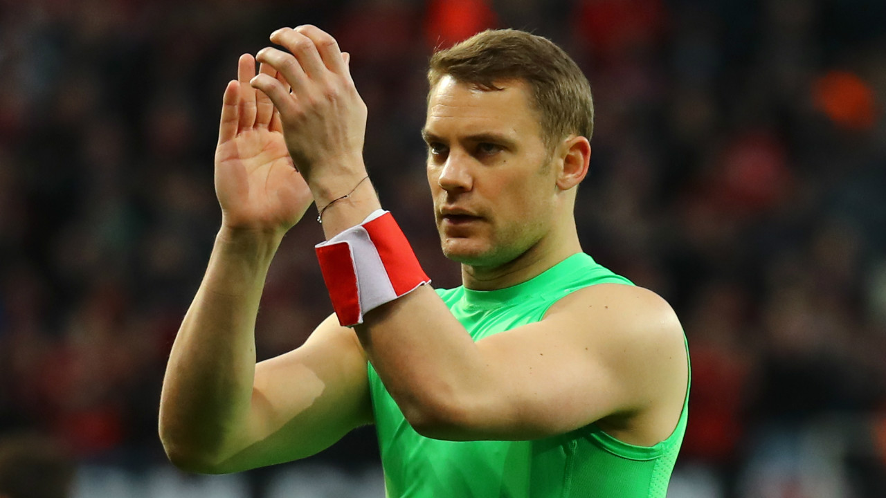 Manuel Neuer | Bayern Munich's goalkeeper has hands that have an insurance cover of $4.3 million. (Photo: Reuters)