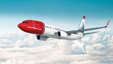 Disgruntled flyer writes a complaint in verse, gets a reply as poem from Norwegian Air