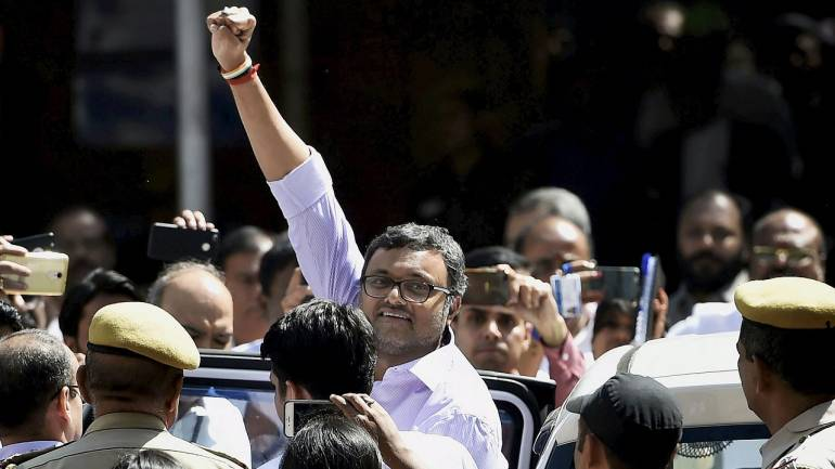 Karti Chidambaram being produced by CBI in the INX Media case, at Patiala House Court in New Delhi. (PTI)
