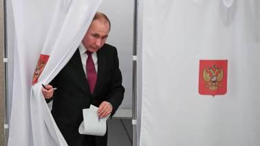 Pressure mounts on Putin over spy poisoning scandal