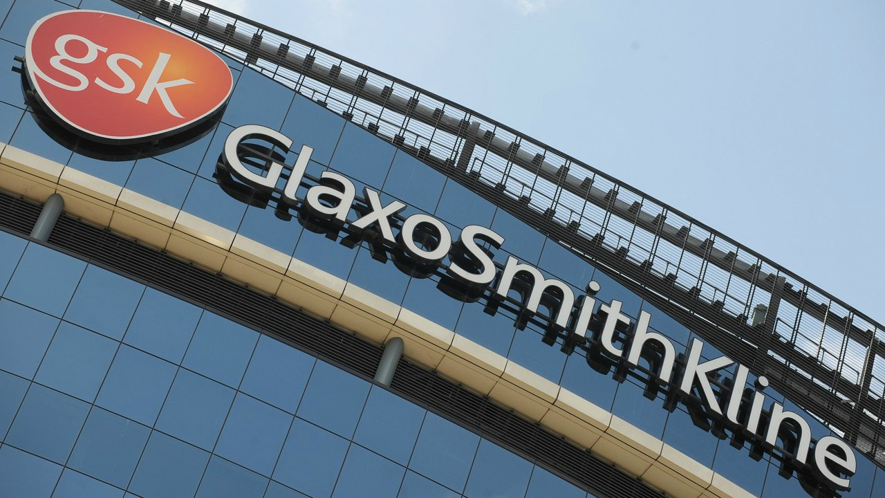 Glaxo Wellcome acquires SmithKline Beecham | Year: 200 | Deal size: USD 75.7 billion | In January 2000, the two pharmaceutical companies announced their merger to create the world's largest drug company and the largest company outright in the UK. (Image: Reuters)