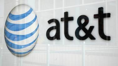 US said to investigate AT&T, Verizon over wireless collusion claim - source