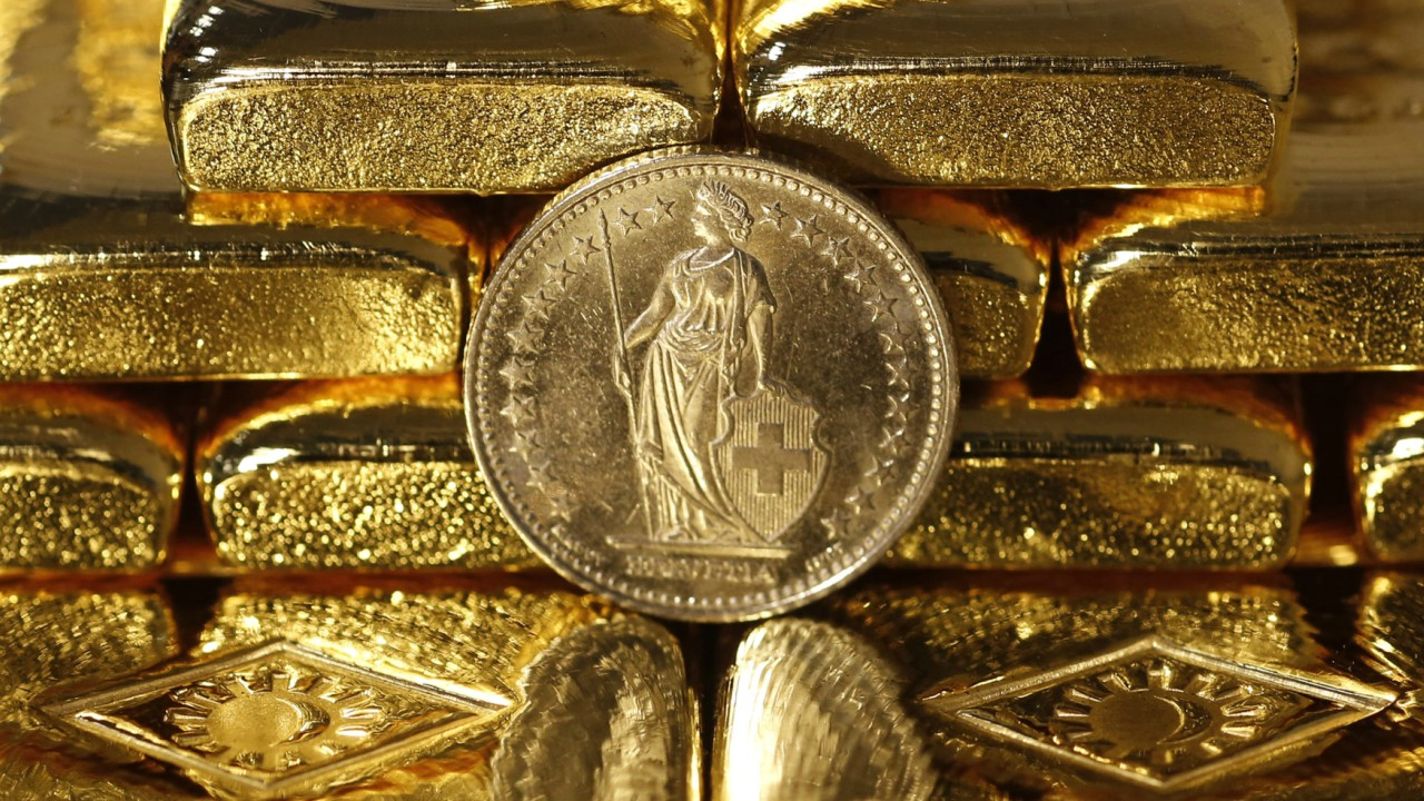 7. Switzerland | Tonnes: 1,040 | The picturesque country has the largest reserves of gold reserves per capita. The Swiss National Bank posted a USD 5.9 billion profit, mainly due to its large gold holdings. (Image: Reuters)