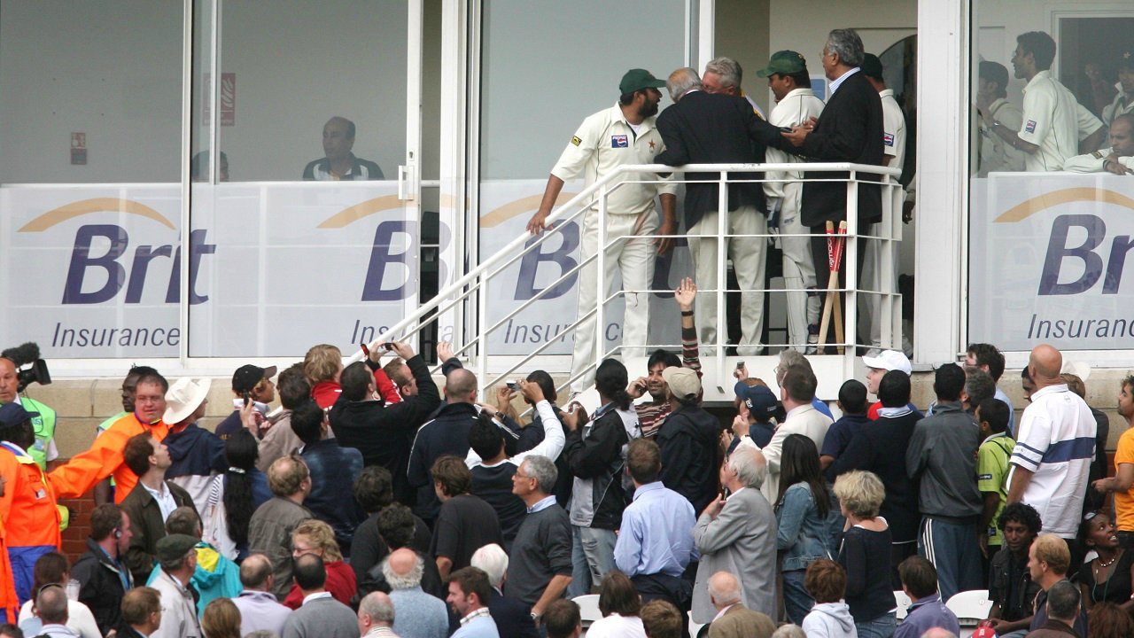 The Oval Test (2006) | The Pakistani team was accused of ball tampering by the umpires. After the tea break, the Pakistan team refused to return in protest. The match was awarded to England. Years later, it was categorised by ICC as a 'draw' before reversing the decision back to an 'England win' in 2009. (Image: Reuters)