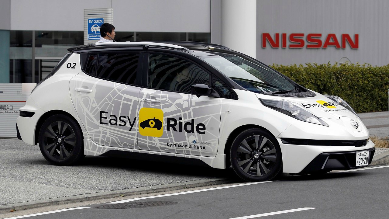 Japanese car maker Nissan is working on the Leaf model to introduce driverless cabs under the 'Easy ride' taxi service project. (Image: Reuters)
