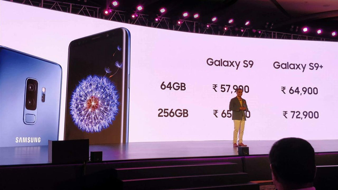 The 64 GB model of the Galaxy S9 will cost Rs 57,900 and the 256 GB variants will cost Rs 65,900. (Twitter/Samsung Mobile India)