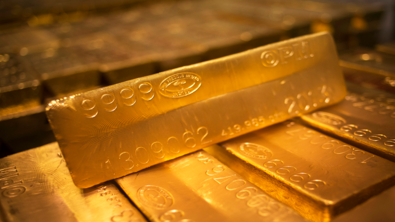 Gold price today: Weak rupee helps yellow metal gain Rs 194 to Rs 38,487 per 10 gram - Moneycontrol.com thumbnail