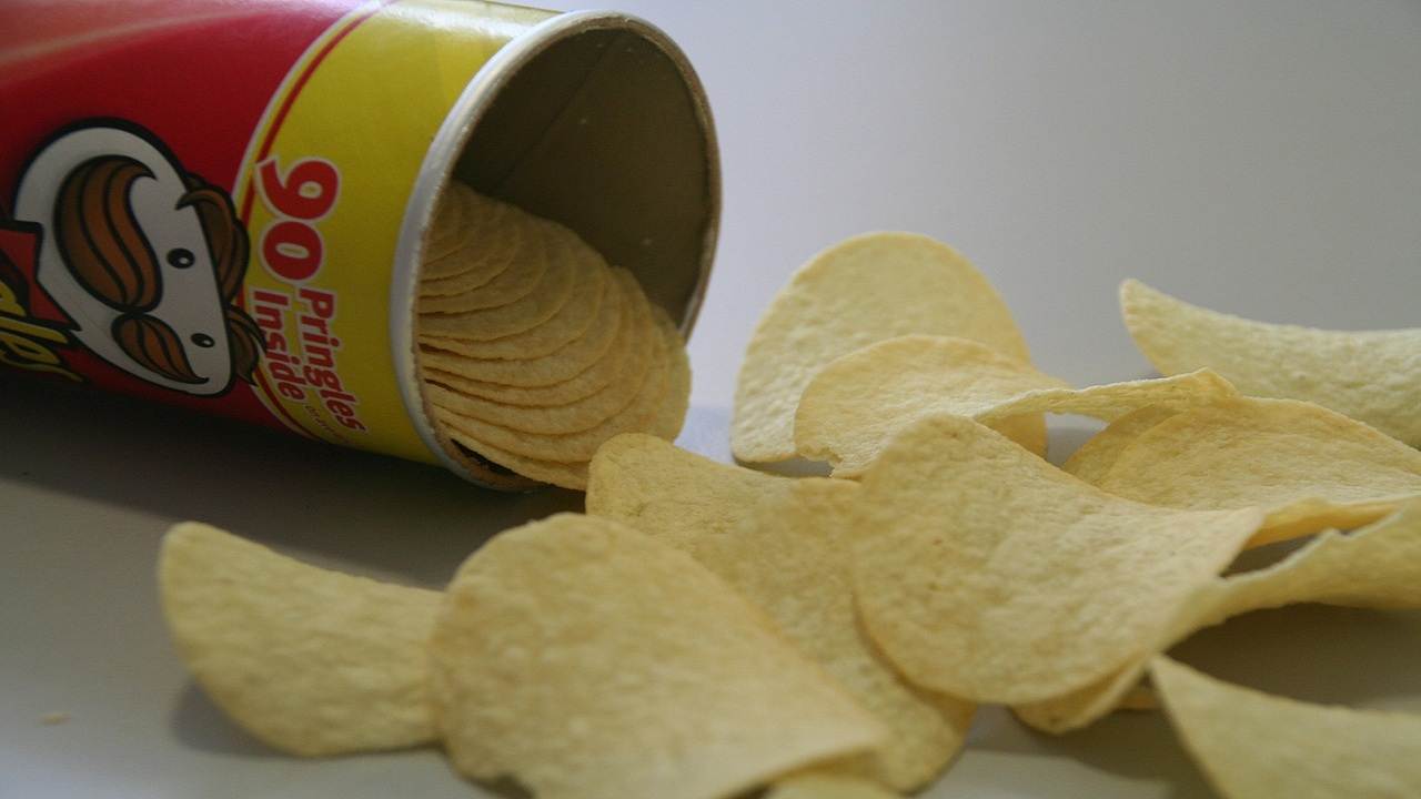 Answer: Pringles tubular paperboard can with a foil-lined interior and a resealable plastic lid. (Pixabay)