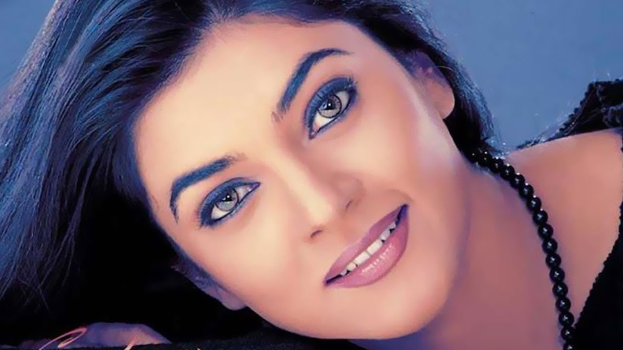 Sushmita Sen: The entrepreneurial bug bit the former Miss Universe and she started her own production house called Tantra Entertainment Private Limited (TEPL). She owns the beauty pageant franchise for Miss Universe India. In 2009, she unveiled her new brand, I AM, along with the beauty pageant division I Am She. (Image: WikiMedia Commons)